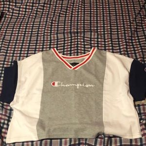 A size small Champion crop top
